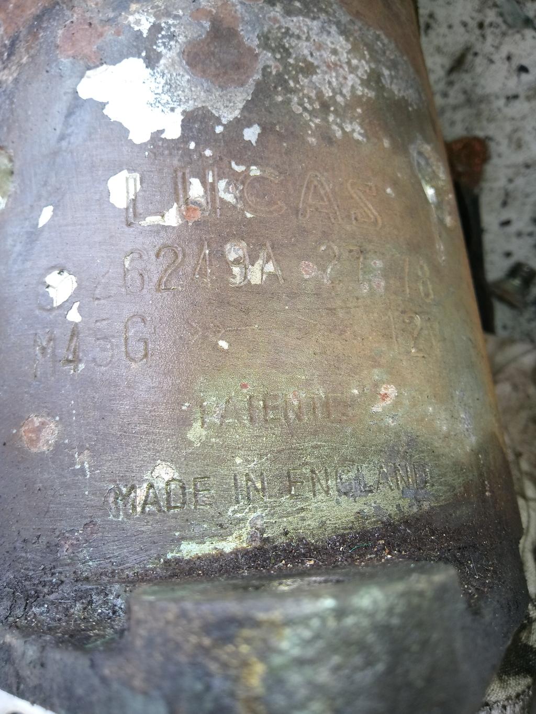 un Lucas qui porte les références M45G et 26249A, avec un pignon de 13 dents, un système d